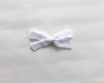 white double gauze oversized schoolgirl bow / hand-knotted bow / girl headband / girls accessories / infant headband / double gauze bow