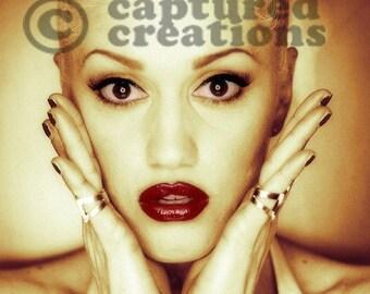 Gwen Stefani Photo 8 x 10