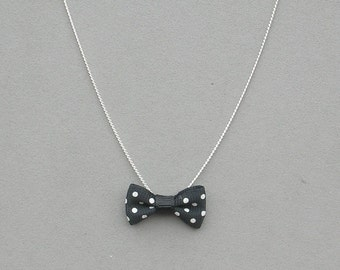 Bow Necklace Your Choice Pink or Black