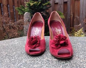 Vintage Italian Leather Peep toe Pumps // Vintage Red Leather Pumps // Vintage Italian Pumps // Vintage Leather Heels // Vintage Red Heels