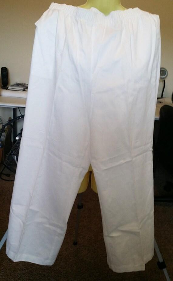 white slacks pants womens size XL 38 x 28 elastic waist summer clothing preowned clothing