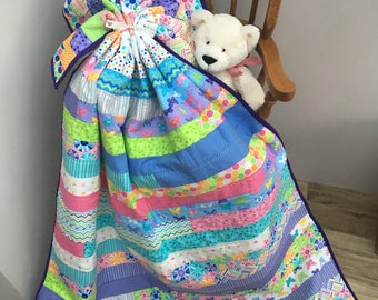 Baby Quilt, Baby Gift, Butterfly Gift, Baby Blanket, Nursery Decor, Baby Bedding, Baby Shower Gift, Lap Quilt, Baby Girl Gift