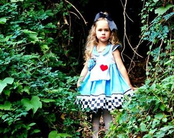 Alice in Wonderland Costume, Alice in Wonderland Dress, Alice in Wonderland Girls Costume, Alice in Wonderland Birthday Dress