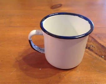 Enamel mini mug