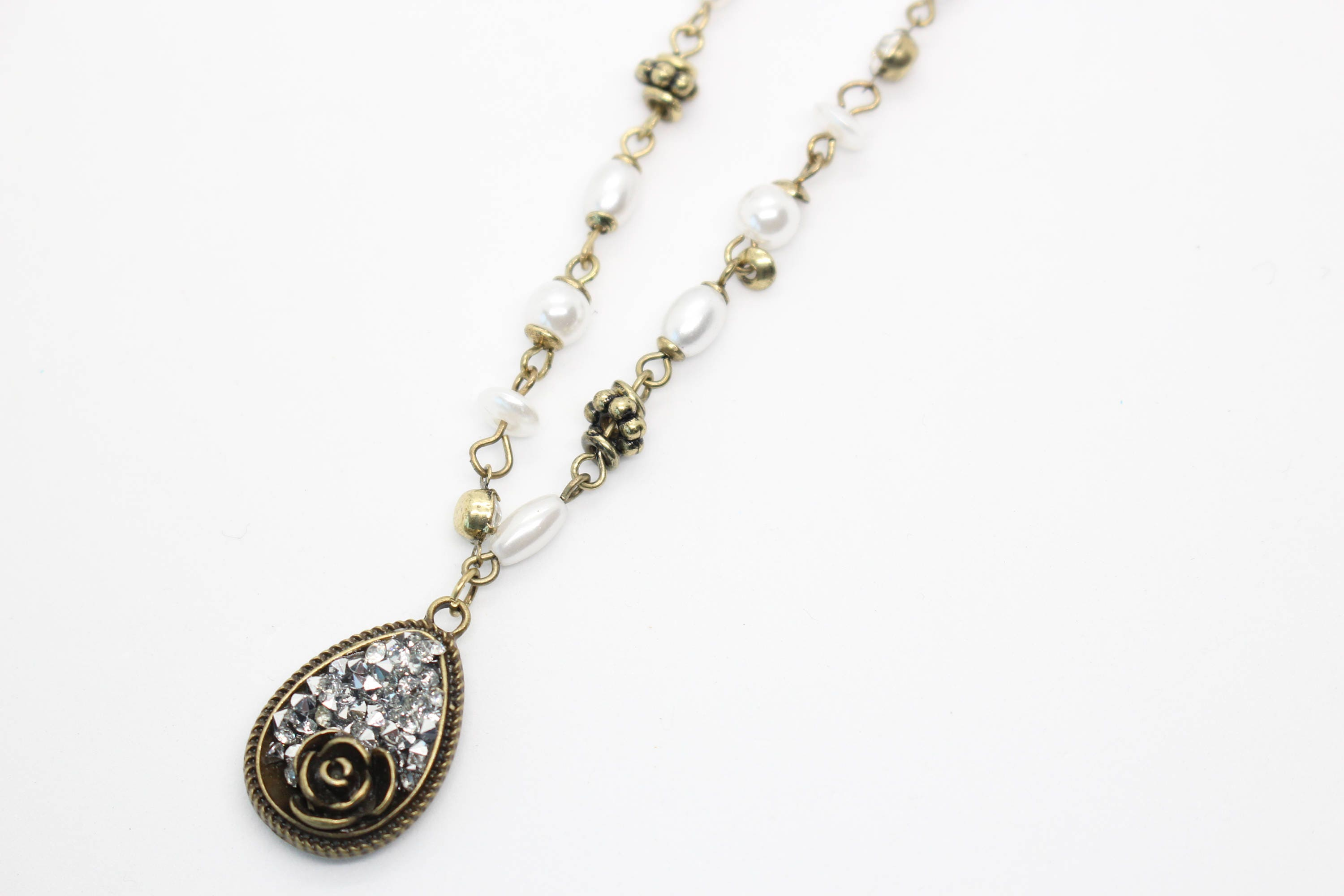 rose pea anthropologie lyst delicate gallery necklace pod jewelry