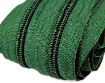 6 m endless zipper 5 mm with 15 zippers and ending pieces 272 fir Green
