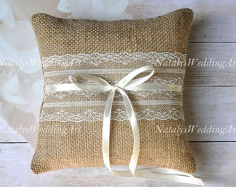 Rustic Burlap Ring pillow Rustic ring bearer burlap ring cushion with IVORY or WHITE lace Rustic / Burlap Weddings * New Collection *