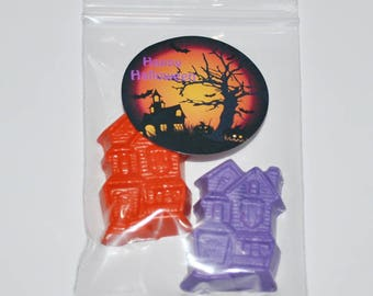 Haunted House Crayons And Stickers. Total of 40 Crayons and 20 Stickers.  Boy or Girl Kids Unique Party Favors, Fall Halloween Crayons.