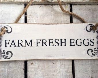 Farm Fresh Eggs. Fresh Eggs Sign. Farmhouse Sign. Rustic Sign. Free Range Eggs. Farmhouse Decor. Free Range Chickens.