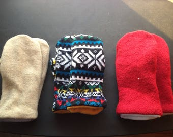 Beautiful Upcycled Women's Mittens / Smittens made of Sweaters in Beige, Red or Multicolored.
