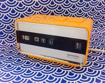 Vintage Alarmclock, Alarm clock, 70s, Orange, Remington, made in W-Germany, flip clock