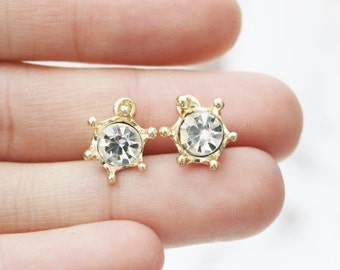 Set of 6, Crown Charm, Gold Crown Charm, Gold Charm, Metal Charm, Dainty Metal Charm, Small Gold Charm, Small Charm, Crown Pendant,