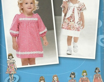 Simplicity 2674    Toddlers Dress with Sleeve and Trim Variations   Size 1/2,1,2,3,4  Uncut