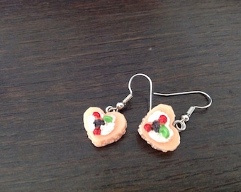 Cookie heart earrings