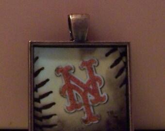 Handmade bezel necklace pendant keychain New York NY Mets