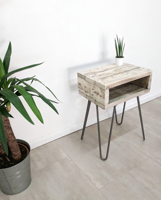 Retro zurückgefordert Holz Nachttisch NOA Blumenbank