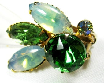 Beaujewel Green Rhinestone and Opalescent Clip Earrings Vintage 1960s