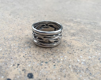 Crumpled-look sterling silver band ring