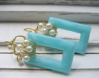 Pearl Wire Wrap Earrings, Aqua glass, 14k gold artisan ear wires, beach wedding earrings, statement pearl earrings