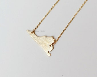 Virginia State Necklace in Gold, VA state gold necklace