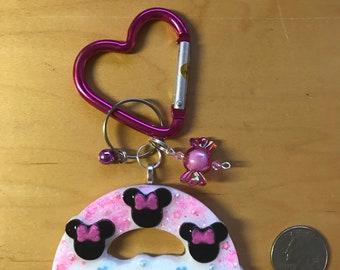Minnie rainbow keychain