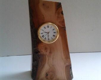 Apple Burr Desk Clock E277