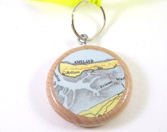 World map keychain - Netherlands variations