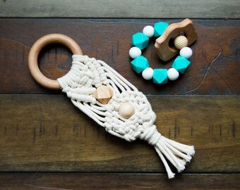 Macrame Teether | Wooden Boho Teether | Natural Cotton and Beech Wood Teething Ring | Teether Toy | Natural Teething Relief | Boho Baby