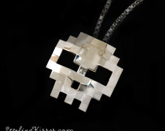 Skull Pendant 8-bit Sterling Silver (BITCOIN ACCEPTED)