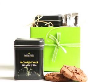 Afternoon Tea & Biscuits Tea Gift Set with BotanistaTea
