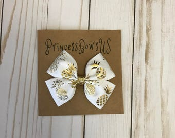 Big Bow, Toddler Bows, White hair bow, Gold hair bow, pineapple hair bow, Hair clips, Hair bows, Big hair bows for girls, 3.5 inch Bows