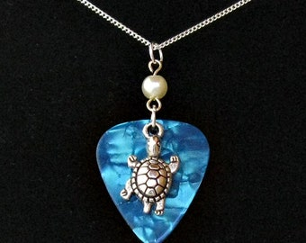 Picke'rrings Guitar Pick Necklace with Pearl and Turtle Charm