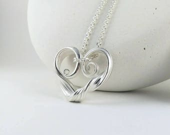 Valentine's day Gift, Heart Necklace, Valentine's day Jewelry, Mitsuro Heart Necklace, Heart Pendant with chain included
