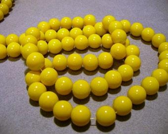 Glass Beads Yellow Round 10mm