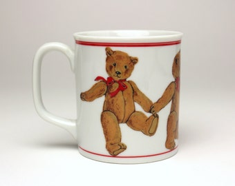 Vintage Curzon Teddy Bears in A Row Ceramic or Porcelain Coffee Mug - Made in Japan