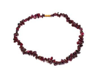 Garnet necklace Vintage necklace Garnet beads Garnet jewelry Garnet stone necklace Red garnet necklace Garnet gemstone necklace Garnet beads