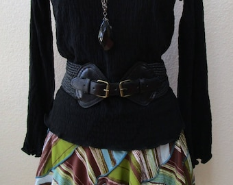 Black color tunic top with ruffled edging plus made in USA (V162)