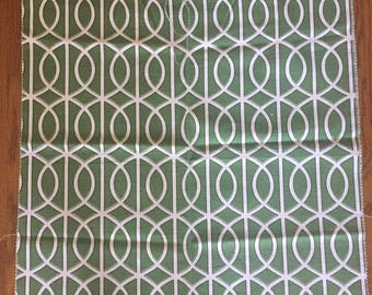 Fabric Sample Green and white trellis