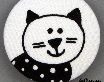 Black & white cat - cat - fabric covered button - (40-05)