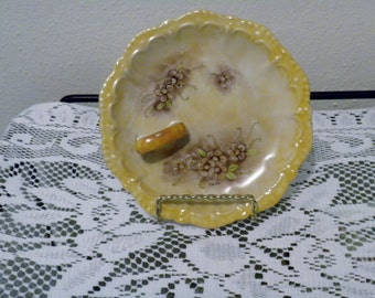 Hand painted lemon  dish. By Jo Jo