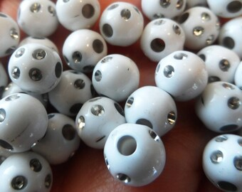 set of 20 white pearls with 7 mm rhinestones