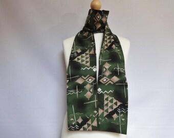 "Vintage Green geometric scarf 13cm x 166cm 5.1"" x 65.3"
