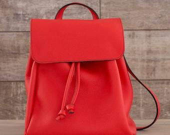 Handmade leather backpack. Black. Milan