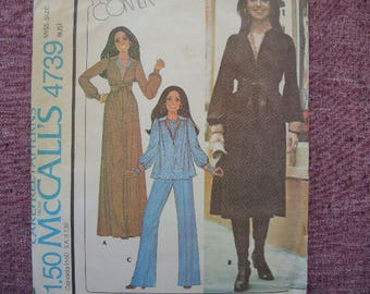 vintage 1970s sewing pattern McCalls 4739 misses dress or top and pants size 8