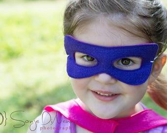 Toddler mask, safety-release elastic