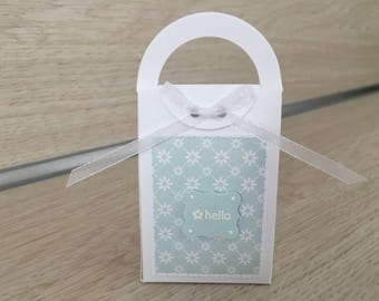 "Gift packaging ""hello"""