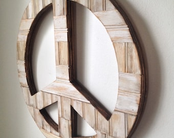 Rustic Wall Decor - Peace Sign