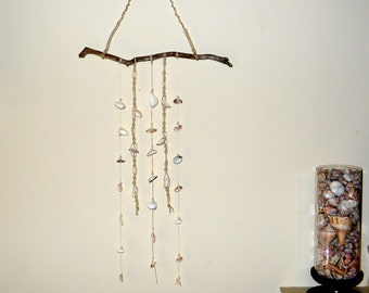 Macrame mobile/wall hanging with natural seashells and driftwood