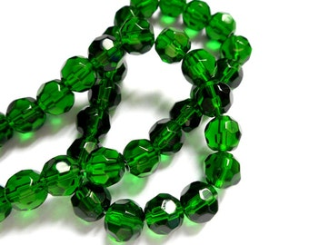 40 Green Faceted Glass Beads - 28-4-B