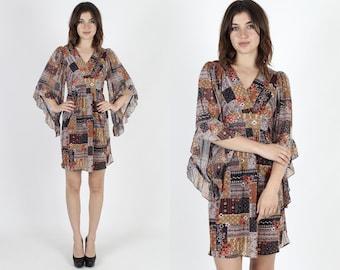 Boho Dress Kimono Sleeve Dress Hippie Dress Bell Sleeve Dress Patchwork Vintage 70s Floral Angel Sleeve Brown Tan Prairie Mini Dress S M